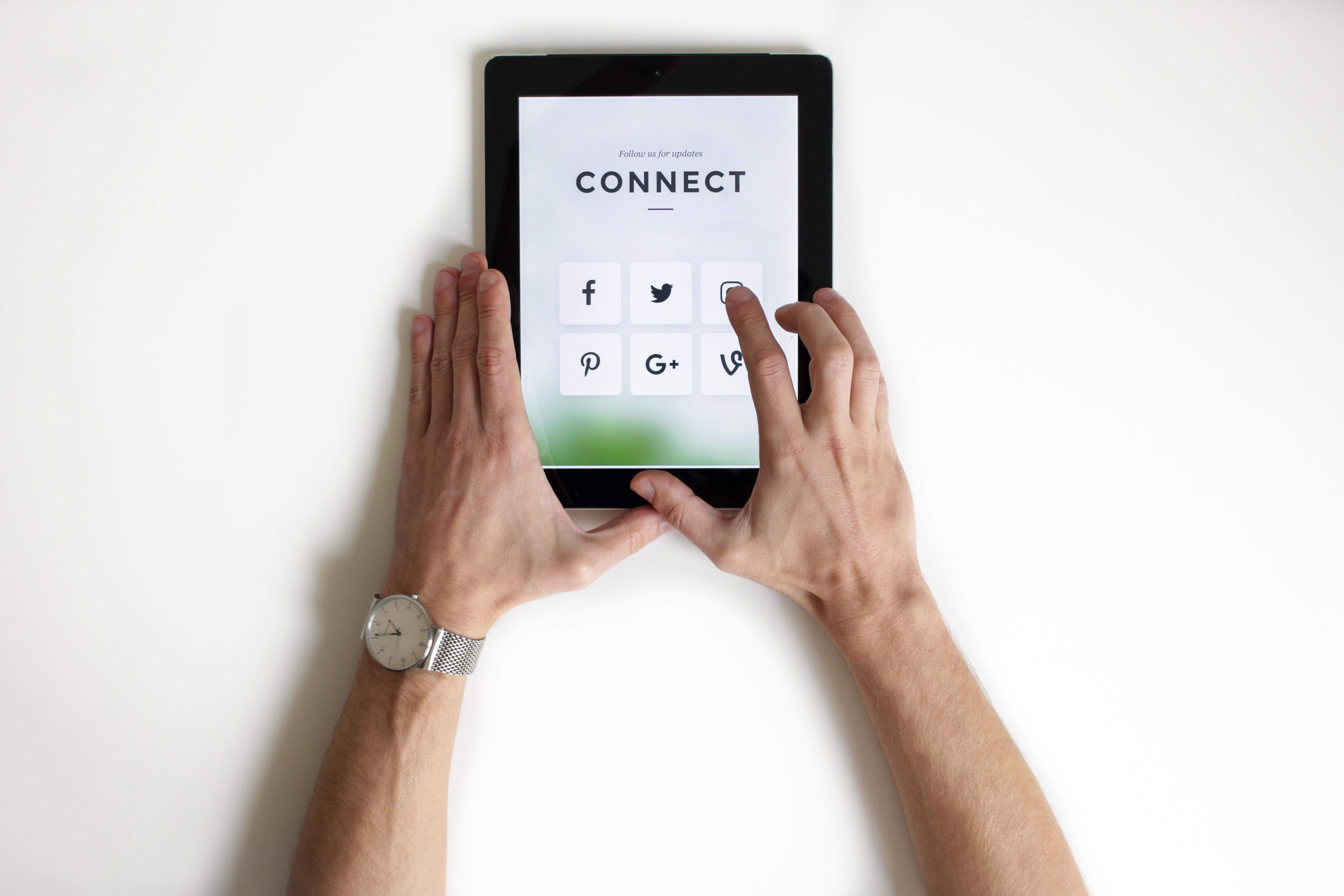 nordwood themes 359015 unsplash - Рекрутинг в социальных сетях: 8 эффективных способов поиска сотрудников