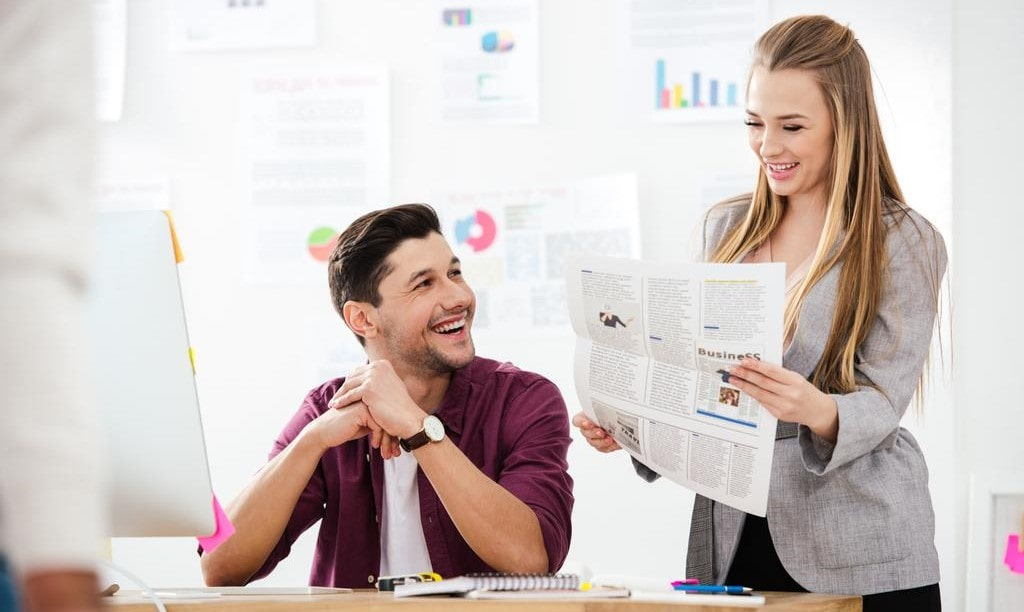 як знайти співробітника